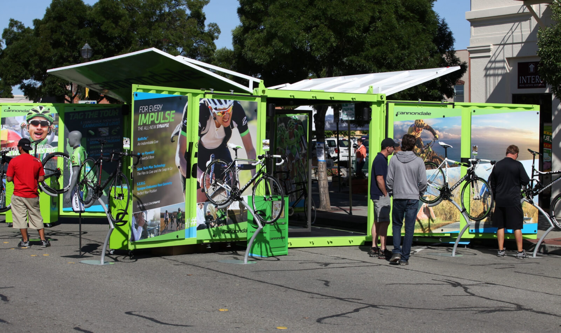 cannondale mobile display booth